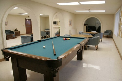 Gallery Image pool-table-small-clubhouse-desertpueblo.jpg