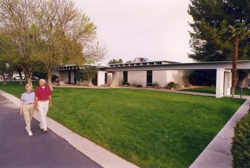Gallery Image scenic-walk-desert-pueblo.jpg