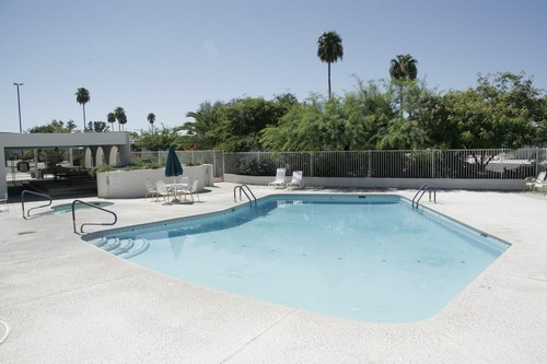 Gallery Image swimming-pool-desert-pueblo-mobile-home-park.jpg