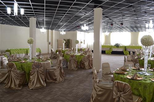 Gallery Image Ballroom.JPG