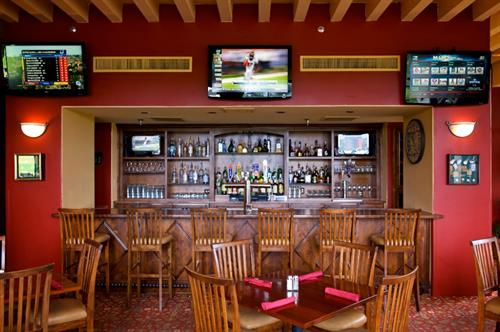 Catalina Barbeque Co. & Sports Bar