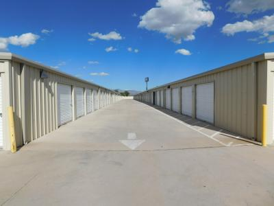 Gallery Image kino_park_moving_and_self-storage.jpg