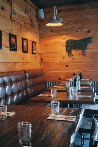 Dining room at Ore Nell's Barbecue