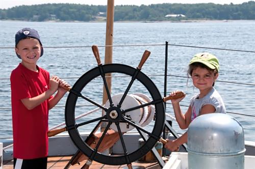 Kids Sail Free on Saturday Mornings