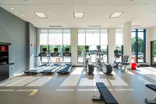 Gallery Image HIandS-Ports_Interior_Fitness_WindView_DSC2916.jpg