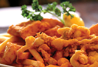 Golden fried clams, a Dinnerhorn favorite