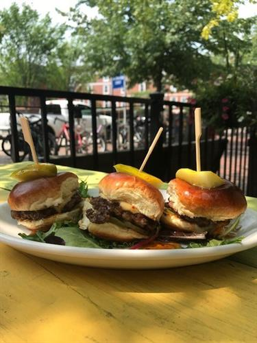Pickleback Sliders