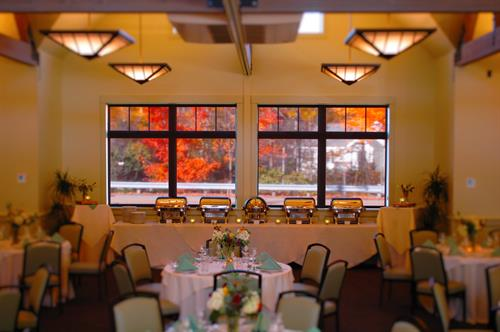 Gallery Image Full_Event_Buy_Out_Buffet_with_Foliage.JPG
