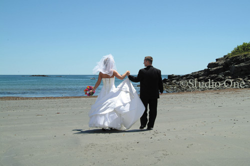 York Harbor Beach ... after-wedding ceremony bridal party and family photos.