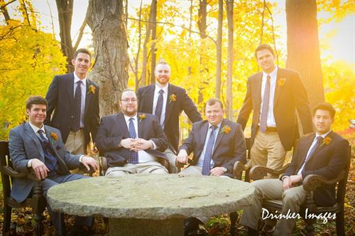 Gallery Image Groomsman_at_round_table.jpg