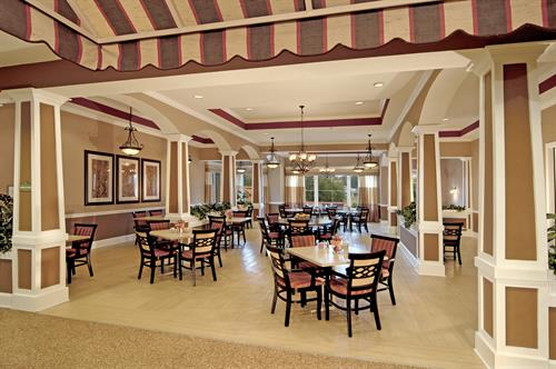 Completmentary refreshments are available all the time in the Heritage Oaks Parlor