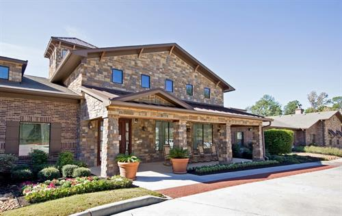 Welcome to Heritage Oaks Assisted Living and Memory Care