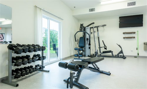 Gallery Image Fitness_Center_2.PNG