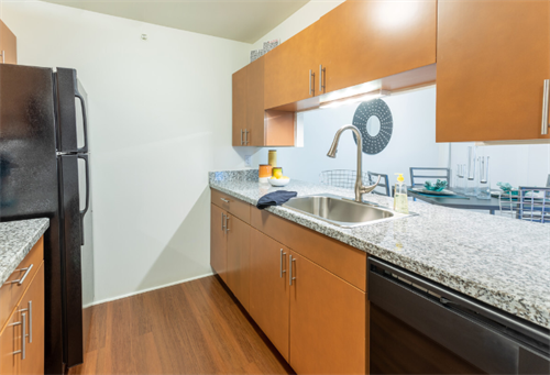 Gallery Image P1_-_MODEL_-_KITCHEN.PNG