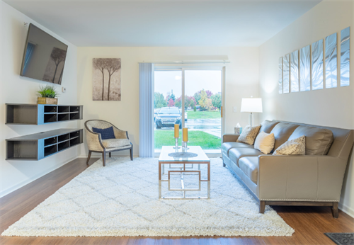 Gallery Image P2_MODEL_-_LIVING_ROOM.PNG
