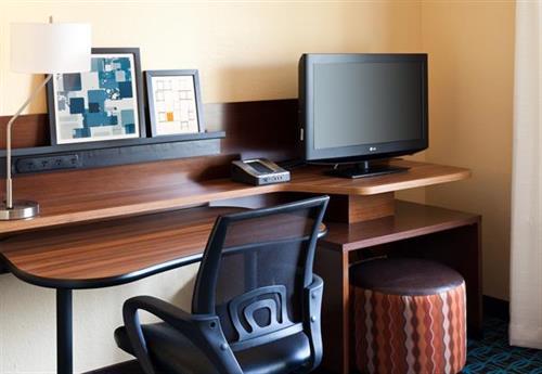 King Suite Work Area