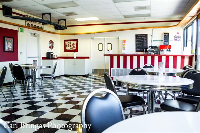 Come enjoy our 1950's themed ice cream parlor