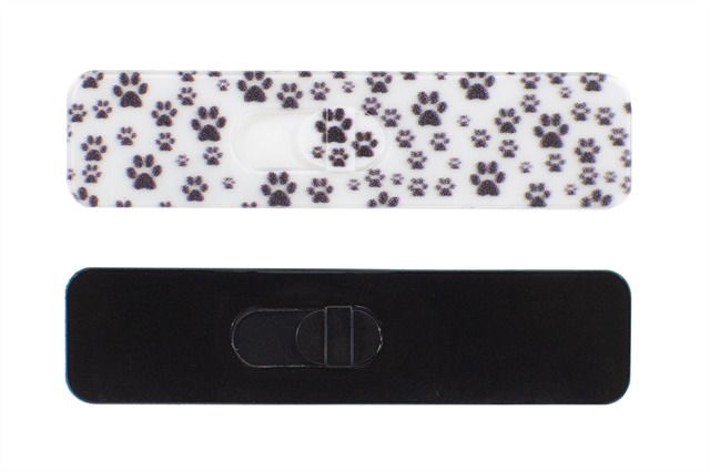 Gallery Image KamShiled_Product_Paws_Black_Bkg_SMALL.png