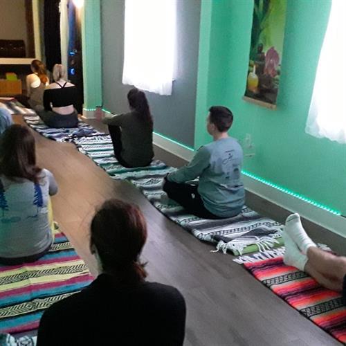 Gallery Image yoga-19.jpg