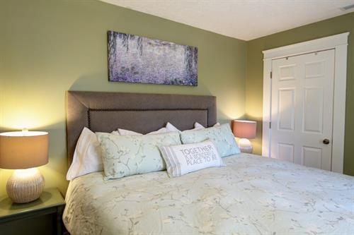 Pend Oreille Room 1 king Bed