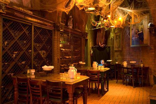 Gallery Image la-grotto.jpg
