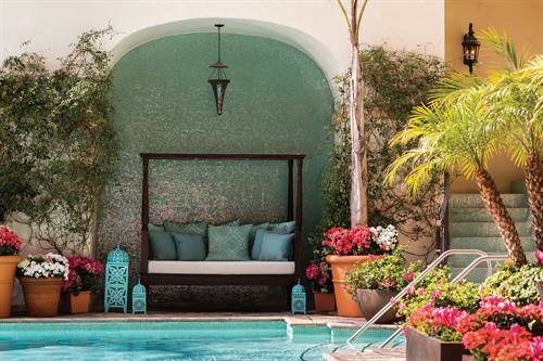 Mediterranean-style Pool