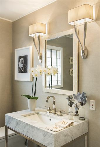 Bath and bedroom accessories, lighting and wallcoverings
