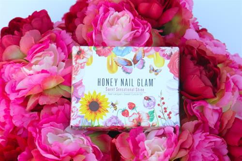 our signature floral honey nail glam luxury gift box