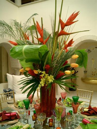 Custom Florals for Diner Party
