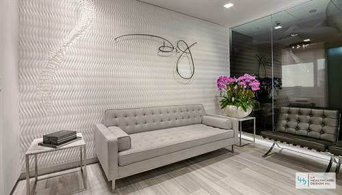 Plastic Surgery Clinic  - Waiting Lounge