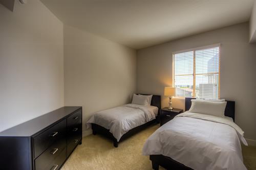 Wilshire Corridor - Guest Bedroom