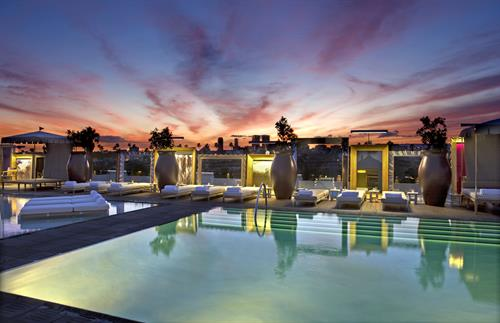SLS Hotel, a Luxury Collection Hotel, Beverly Hills - Altitude Pool