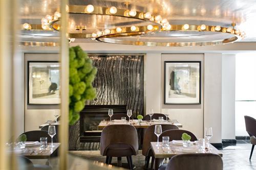 Avec Nous Restaurant Interiors