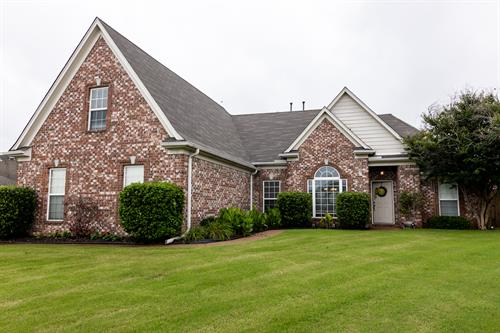 front of Southaven home