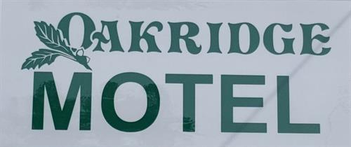 Gallery Image Oakridge_Motel_Sign.jpg