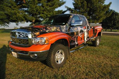 Get people to stand at attention with a custom vehicle wrap provided by Ziglin Signs.