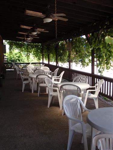Gallery Image AW_covered_terrace.JPG