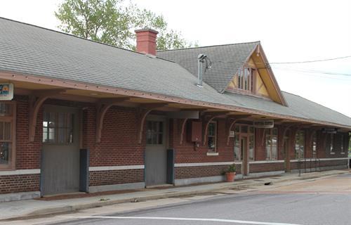 Train Depot/Visitors' Center