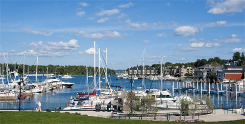 Gallery Image Charlevoix_Location.png