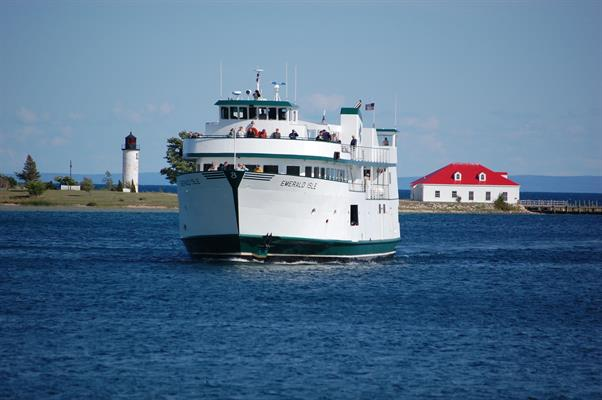 Beaver Island Boat Company | Ferry Services - Charlevoix Area