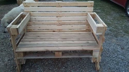 Benches with cupholders on each arm to store multiple items.