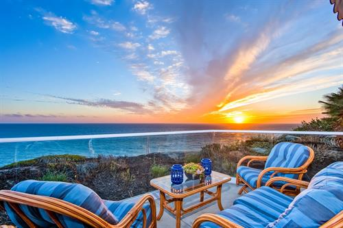 The Bluff: San Clemente furnished rental with sweeping ocean views.