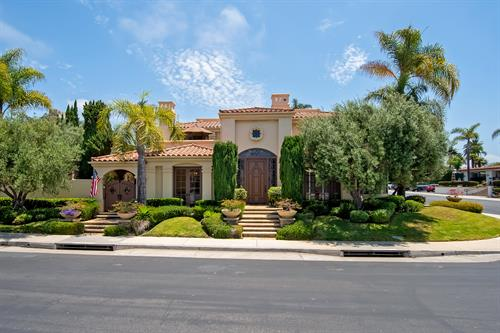 Vista del Oceano: luxury home in San Clemente's Cyprus Cove.