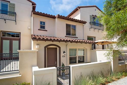 Voscana Place: welcome home to Carlsbad, CA!