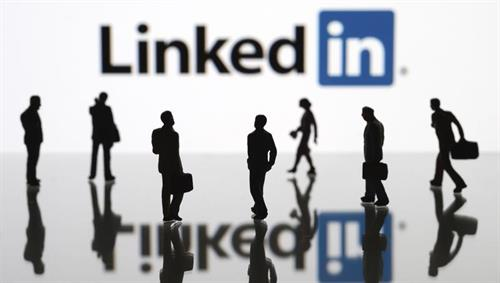 Need help with your LinkedIn Profile and algorithm to be found?
