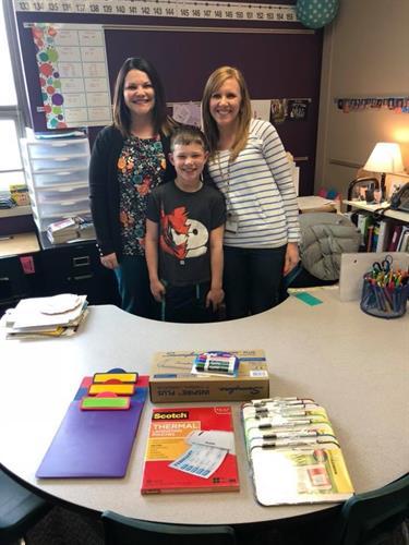 Donating more supplies for Teachers! Mrs Pfitz got all of her classroom wish list items!