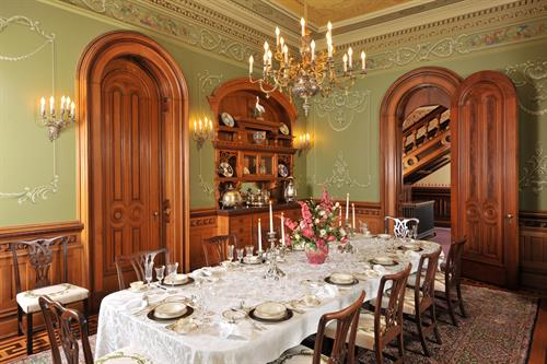 Gallery Image Dining_Room.jpg