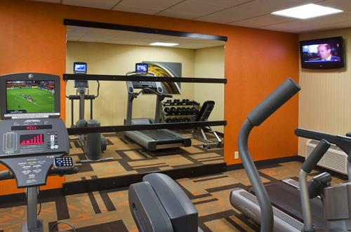 The state-of-the-art Fitness Center helps guests keep a healthy lifestyle with cardio machines with personal TVs, incline bench and free weights.