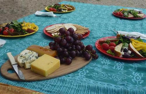 Gourmet paddling picnic