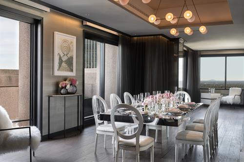 Penthouse Boardroom
